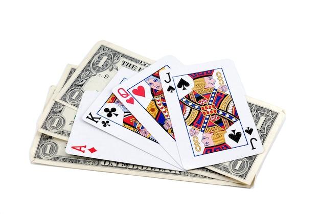 팬이 놓고 흰색 배경에 카드 놀이를 하는 1달러에 3개의 종파