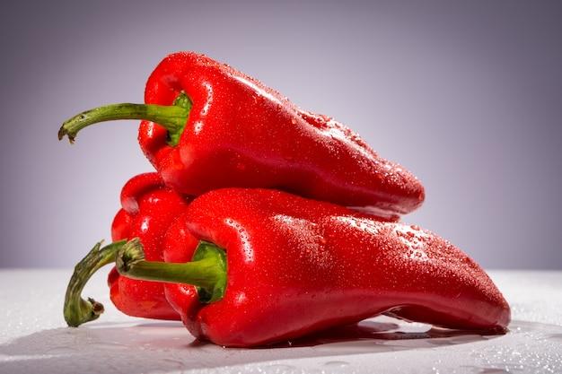 Три красных перца