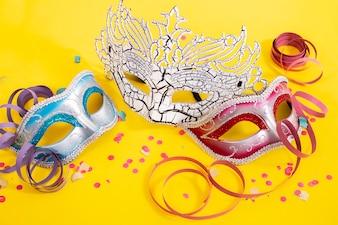 Три венецианские маски