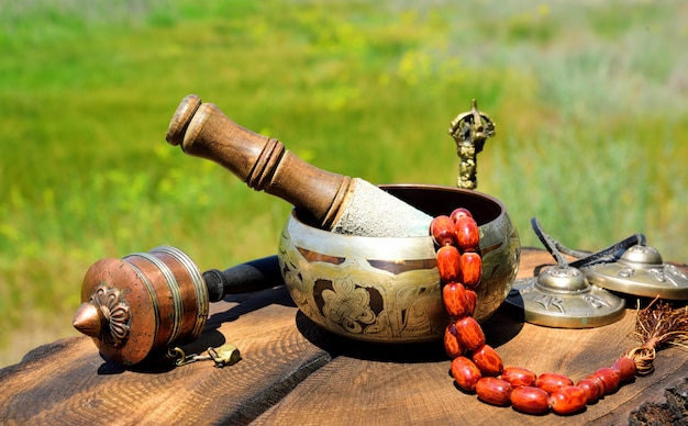 Тибетские религиозные музыкальные предметы для медитации