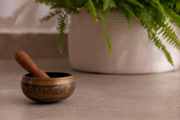 瞑想のリラクゼーションとヨガのクラスのためのチベットの宗教的なオブジェクト