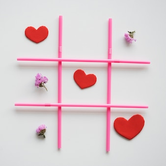 Tic tac toe love shape game
