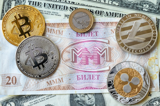 Билеты ммм с монетами и долларами