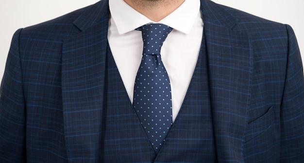 ネクタイはベストの中に入るネクタイと一緒に着用する既得のスリーピーススーツネクタイコレクションファッションアクセサリー