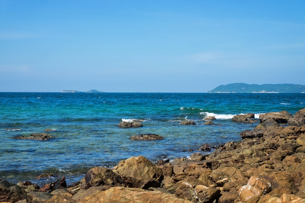Tien beach at koh larn off the coast of pattaya island in thailand.