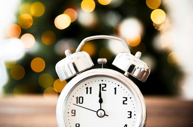 Time on clock approaching new year