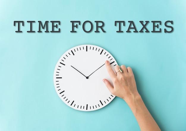 税金リマインダーの概念のための時間