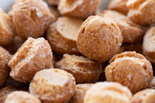 Tiny carolina sweet (бразильский эклер без начинки и начинки). десерт