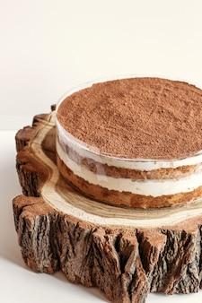 Торт тирамису с какао-порошком