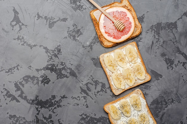 Toasts on a gray background.
