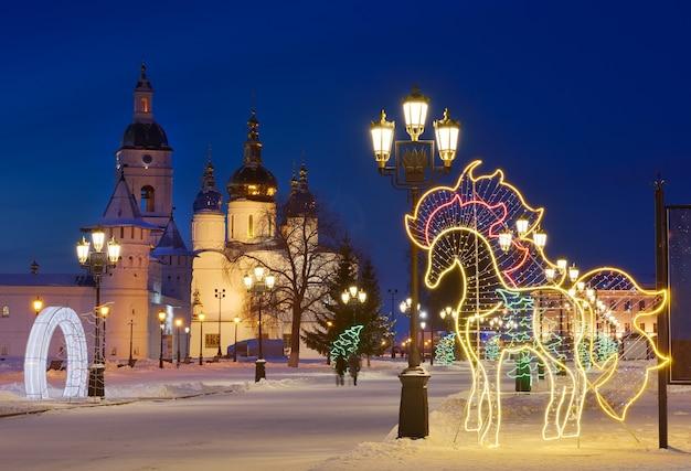 크리스마스 밤에 토볼스크 크렘린 xvii 세기의 고대 러시아 건축