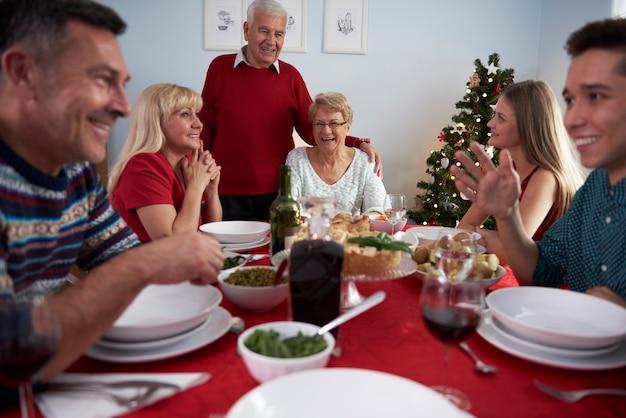 クリスマスの時期には一体感がとても重要です