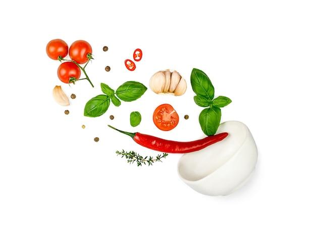 トマト、バジル、スパイス、唐辛子、にんにくのフレッシュタイムが飛んでいます。