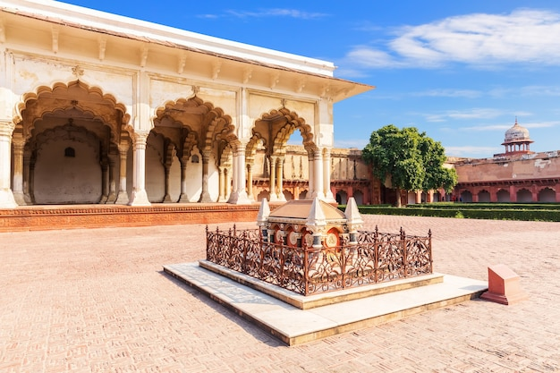 Tomb of john russell colvin and diwan-i-am in agra fort, india.