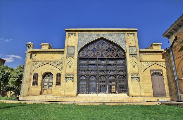 이란 쉬라즈의 하페즈 무덤