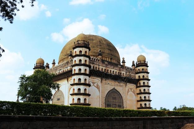 Tomba shiva mahal palace regno