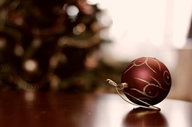 トーンのクリスマスの装飾オブジェクトボール