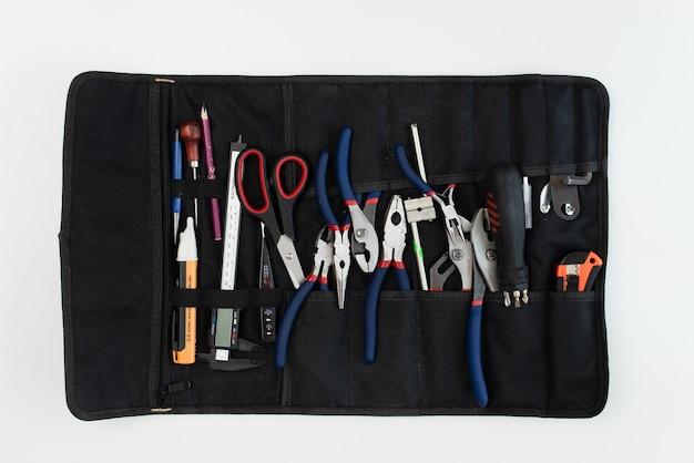 도구 키트 가방. 망치, 펜치, 스크루 드라이버. 위에서보기