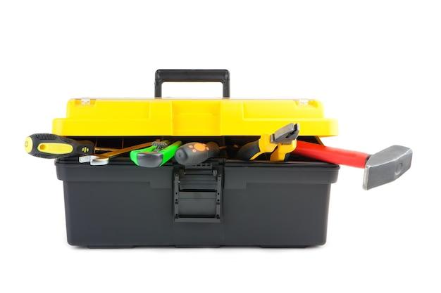 흰색으로 격리된 작업 도구가 있는 도구 상자