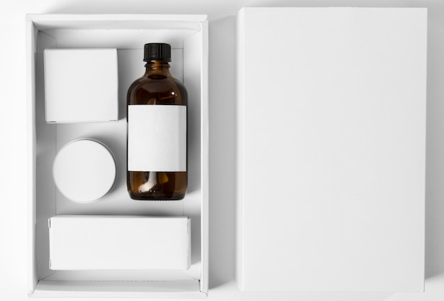 Tools for grooming beard in a box
