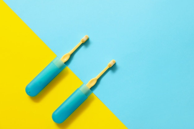 歯ブラシとケース