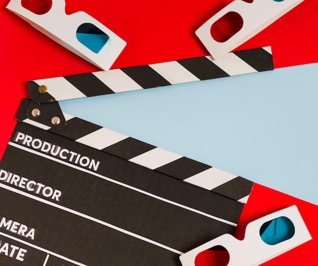 상위 뷰 3d 안경 및 영화 슬레이트
