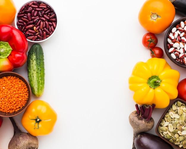Расположение разных овощей вид сверху