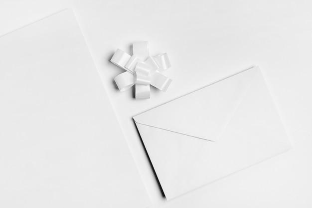 封筒付きの上面図の配置