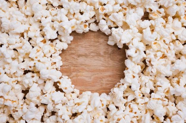 Assortimento di popcorn fresco vista dall'alto