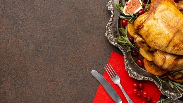 Вид сверху ассортимент рождественской еды с копией пространства