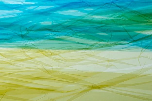 さまざまな色のビニール袋の上面図の品揃え