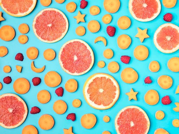 新鮮な果物のトップビューの品揃え