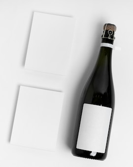 Бутылка вид сверху на белом фоне