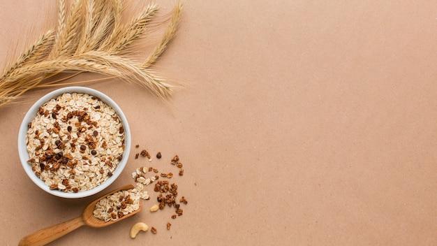 Vista dall'alto ciotola di cereali