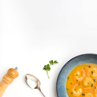 Вид сверху бразильский суп из креветок
