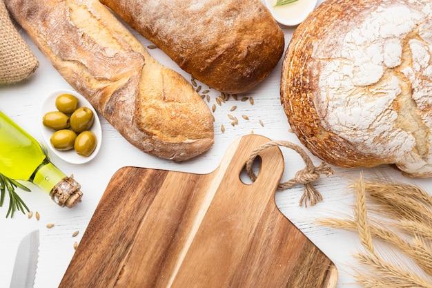 Vista dall'alto del concetto di disposizione del pane