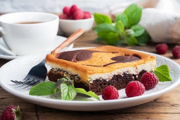 チョコレートとトップビューケーキ