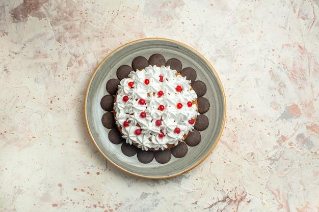 ペストリークリームとトップビューケーキ