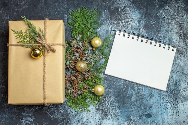 明暗のホリデーギフトクリスマスカラー新年におもちゃでトップビュークリスマスプレゼント