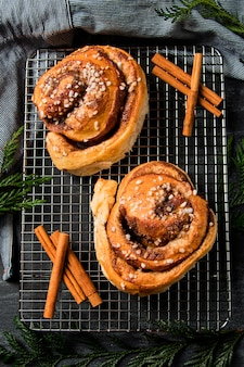 Top view cinnamon rolls on a plate
