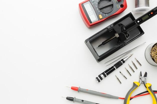 Инструмент для ремонта схемы вид сверху