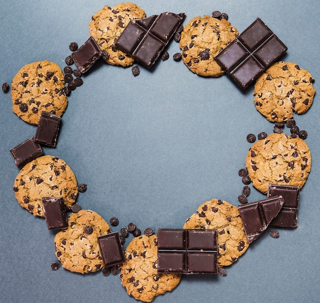 Top view circular food frame with cookies