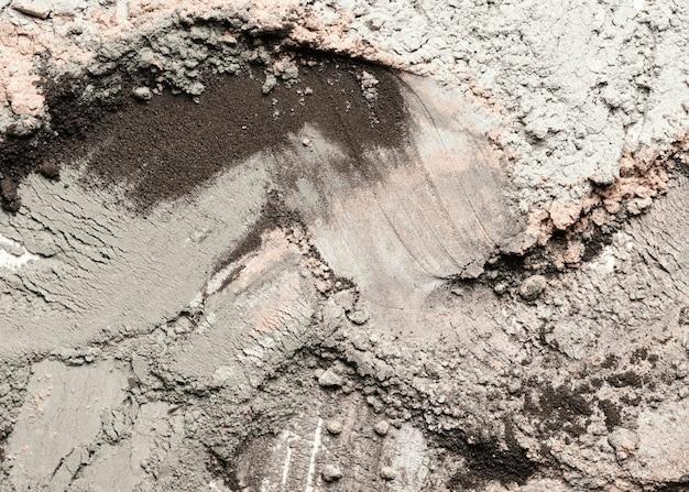 Vista dall'alto sbavature di argilla e polvere