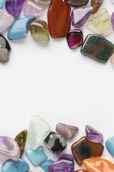 상위 뷰 다채로운 작은 돌 컬렉션