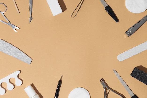 Вид сверху состав средств по уходу за ногтями