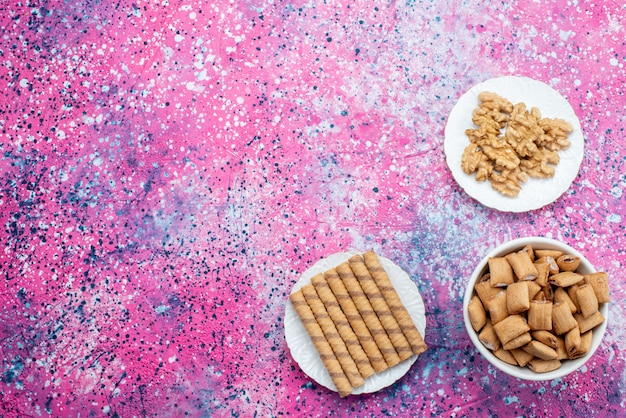Top view cookies on desk colored background cookie biscuit sugar tea color