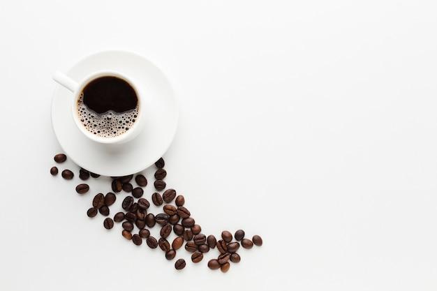 Вид сверху чашка кофе с копией пространства