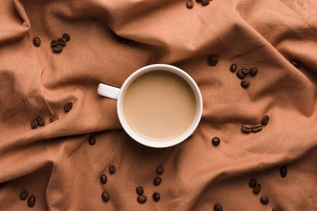 Вид сверху чашка кофе
