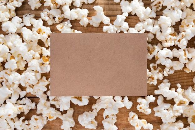 Vista dall'alto delizioso assortimento di popcorn