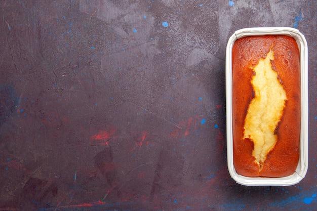 어두운 배경 케이크 비스킷 달콤한 파이 설탕 차 반죽에 차를 위한 상위 뷰 맛있는 구운 파이 달콤한 케이크